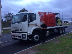 forklift-transport-truck